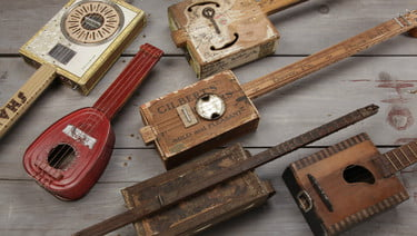 cigar-box-guitar-2-375x375.jpg